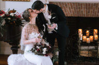 01 This luxurious wedding at Christmas was full of shiny and dazzling details and chic