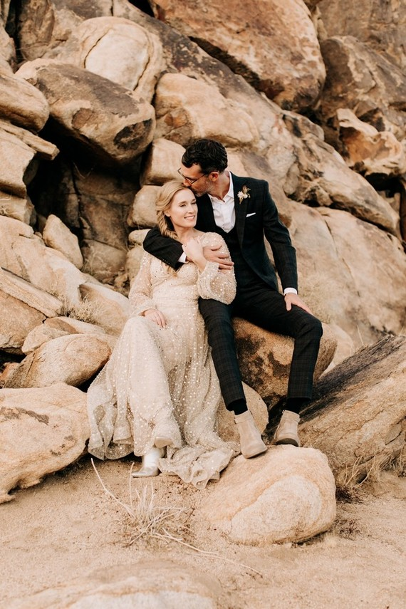 Sophisticated Modern Wedding In The Desert