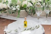 pampas grass used for wedding table decor