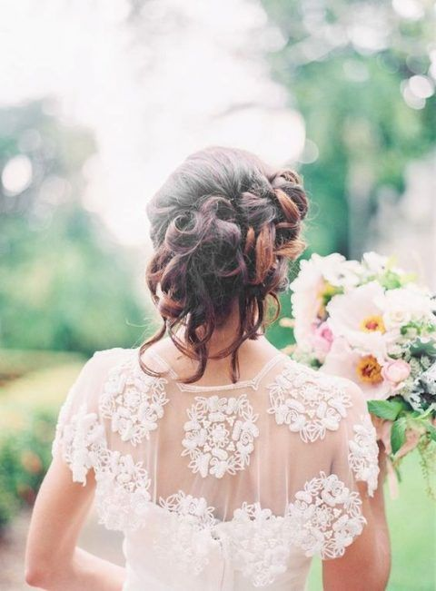 an embroidered and embellished lace wedding capelet is a cool idea to accessorize your bridal outfit