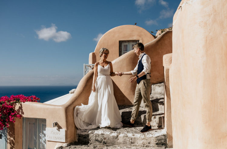 This couple rushed to Santorini for a gorgeous destination wedding that was planned in only two months