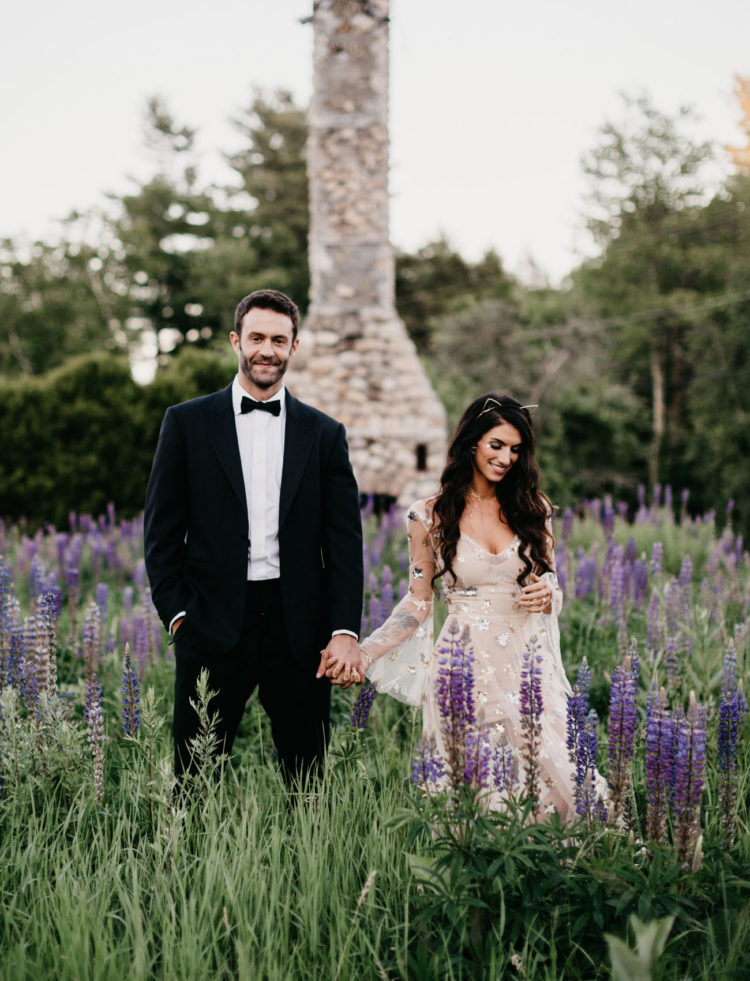 This gorgeous couple united what they love   stars and cats   for a unique wedding theme and rocked it