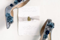 04 Look at these blue wedding shoes with 3D flowers, aren't they gorgeous