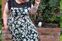 spring guest look for a plus size lady