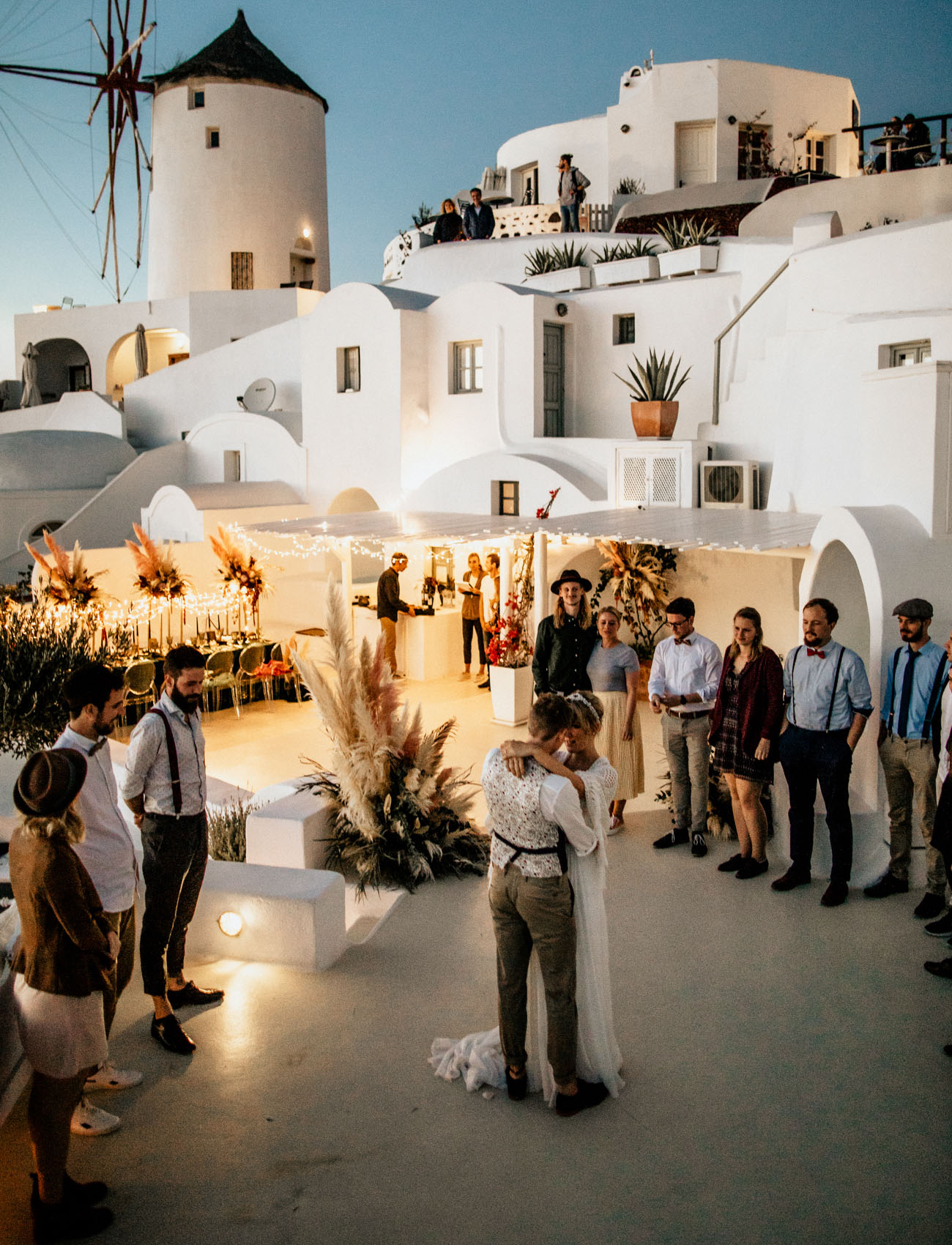 What a beautiful and cozy wedding in an amazing island location