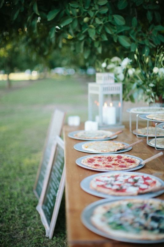 a pizza food bar will save on your budget while making your wedding very relaxed and casual