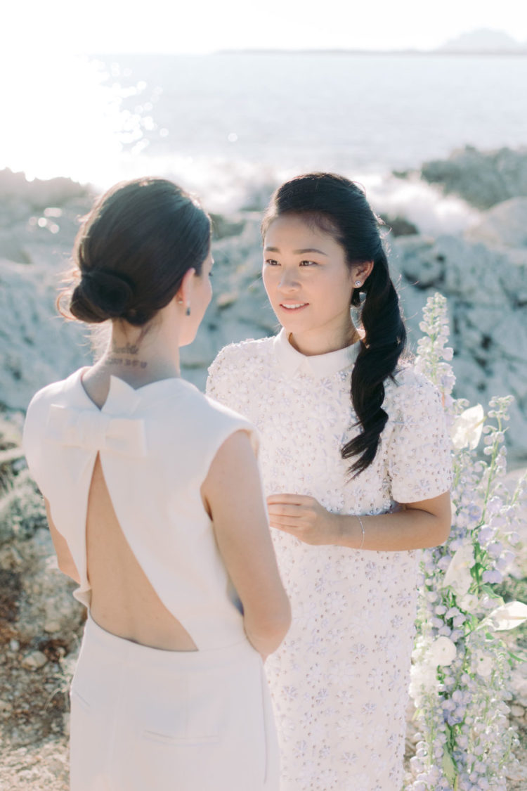 This intimate elopement took place on the coast, and it was done in the coastal colors   white and light blues