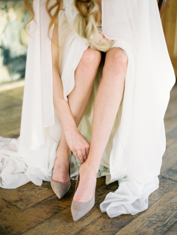 Grey suede shoes are a nice detail for a neutral and modern bridal look