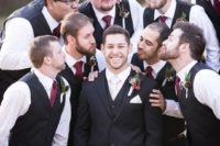 13 groomsmen imitating traditional photos with bridesmaids is a very fun idea, cheers to girls
