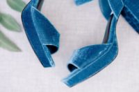 16 blue velvet platform sandals with block heels will make your look bolder and edgier at once