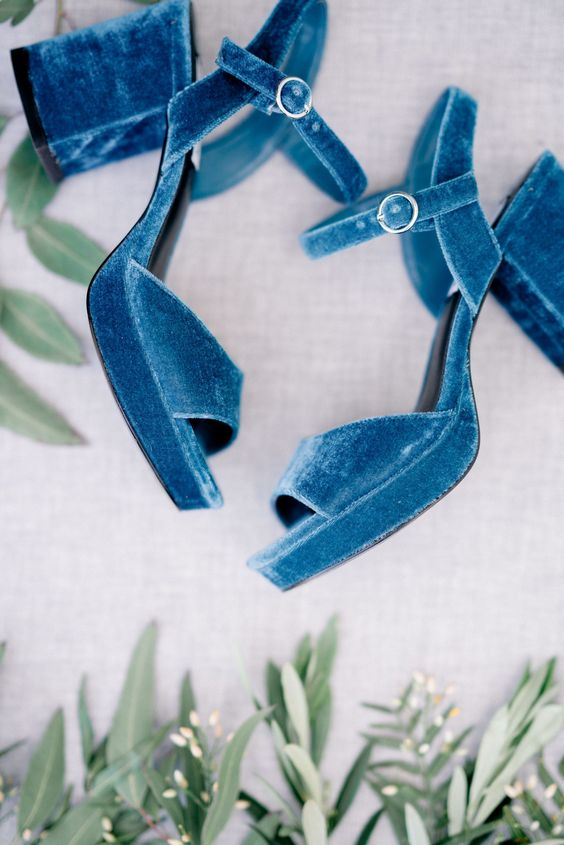 blue velvet platform sandals with block heels will make your look bolder and edgier at once