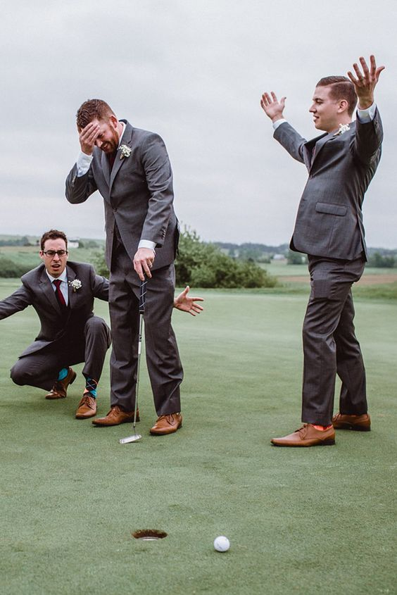 take a pic with your friends playing golf instead of traditional portraits, it'll be fun for sure