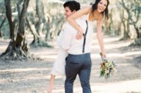 19 a groom kidnapping his bride is a fun wedding photo idea with a touch of intimacy