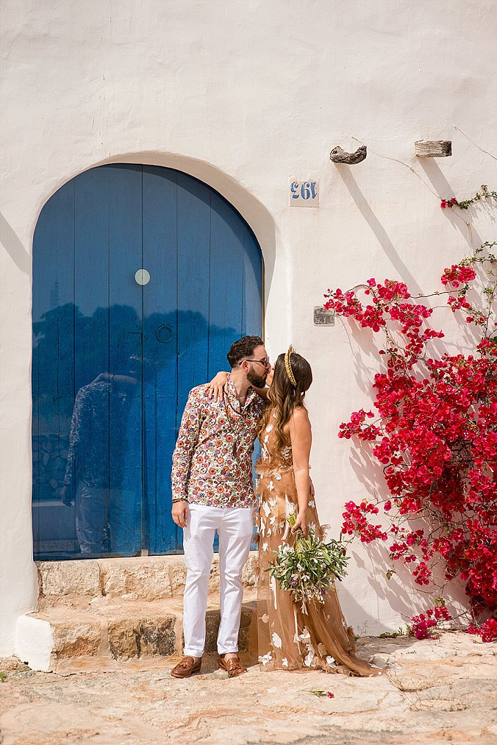 This couple went for a free spirited wedding with a boho feel in Ibiza