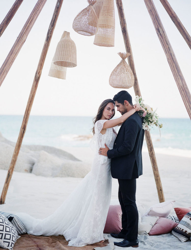 Boho Destination Wedding Shoot With A Picnic Reception