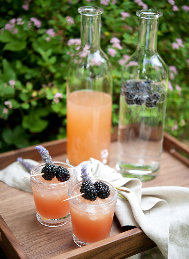 refreshing drinks are a must for any bridal shower, especially an outdoor one