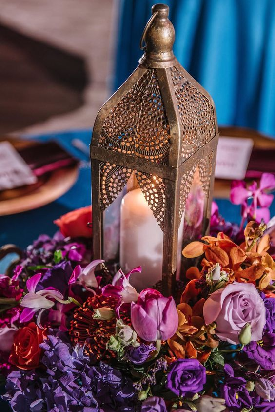 some Moroccan lanterns can be used for creating bold and chic wedding centerpieces