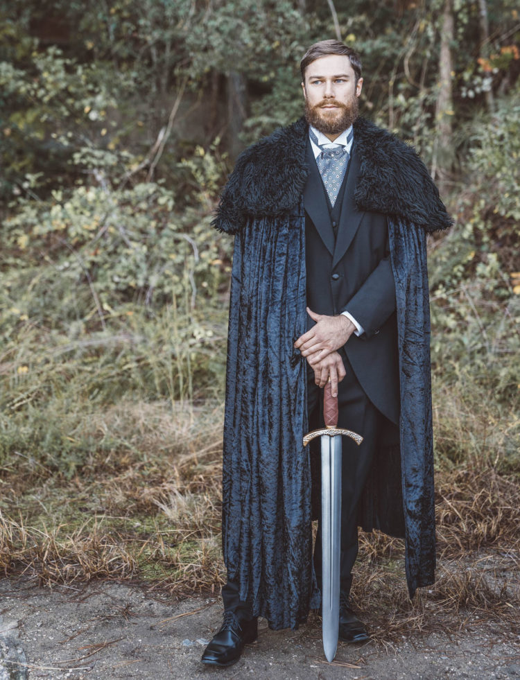 the groom may add a fur coverup and a sword to his look to remind of Jon Snow