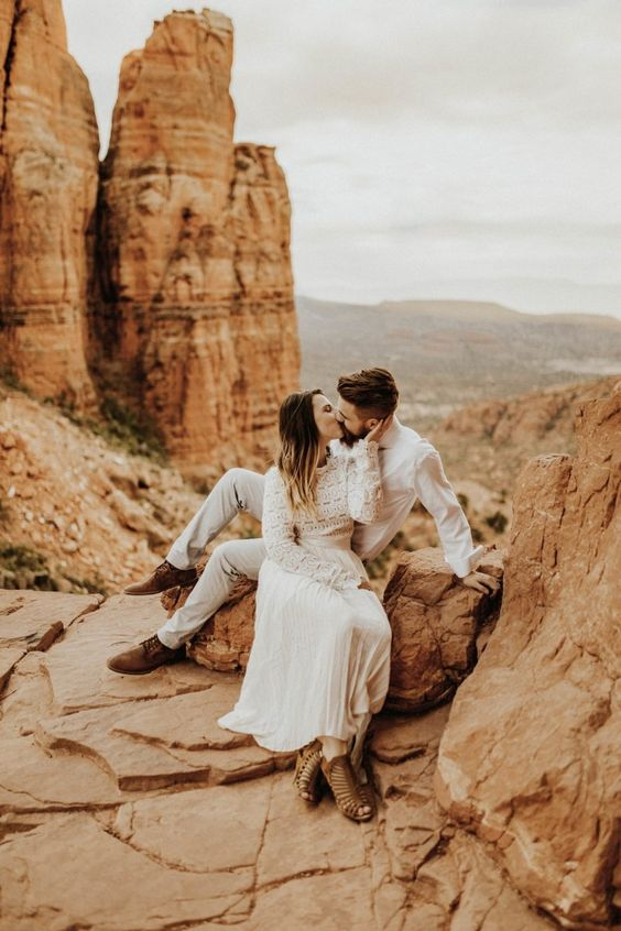 if you liek warm locations, a desert might be a nice place for your elopement ceremony