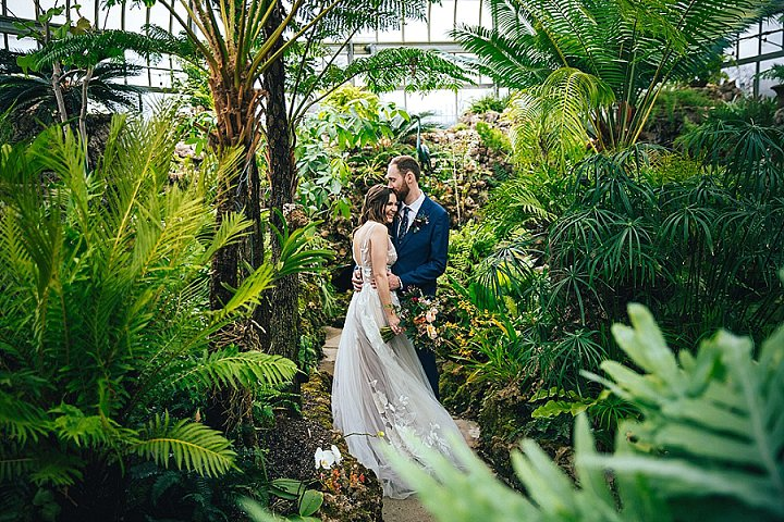 Botanical Meets Urban Wedding On A Rainy Day