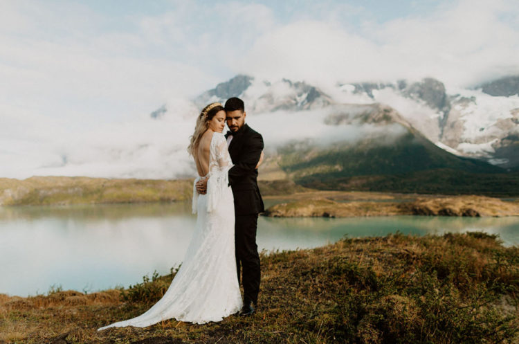 This dreamy elopement took place in Patagonia, Chile, and was held at the sunrise