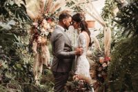 01 This super chic and cozy elopement in a botanical garden was filled with happy tears