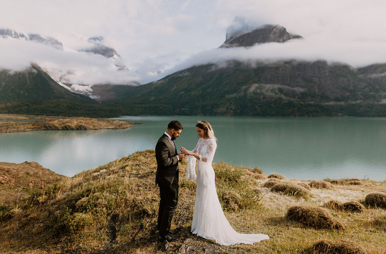 Patagonia is a gorgeous place to tie the knot, and these sceneries as a backdrop proved it