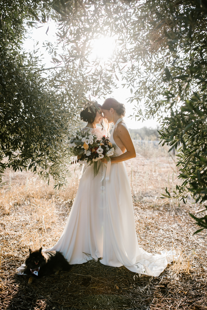This beautiful couple went for a gorgeous boho wedding in Italian countryside with Russian and Italian traditions