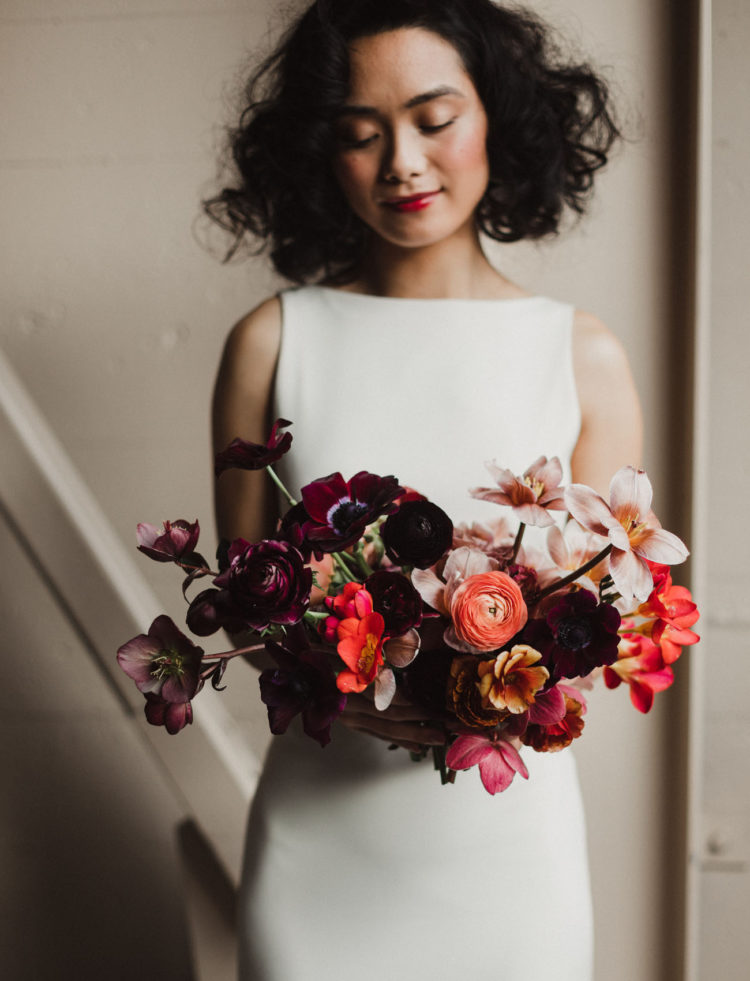 Her bouquet was super bold and contrasting, in purple, orange and rust