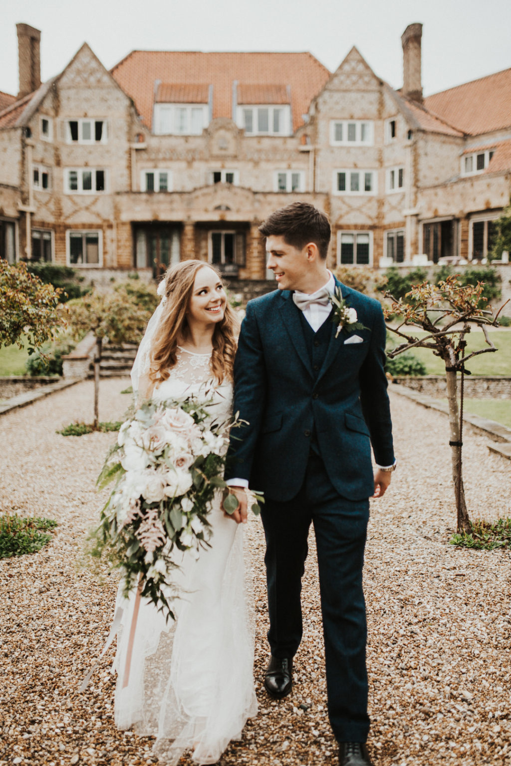 This couple went for a cool rustic wedding with everything they love    no theme or color scheme