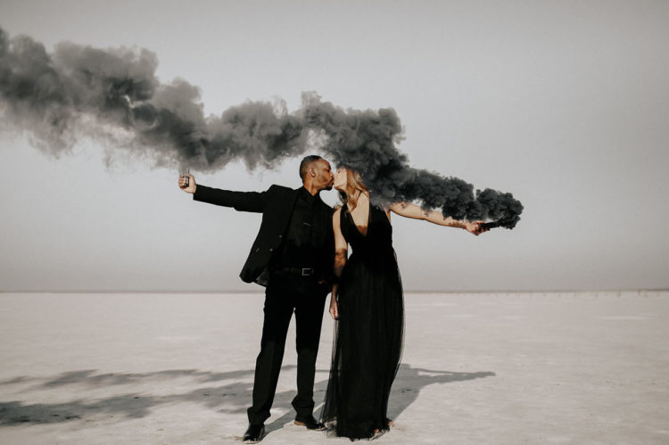 highlight your favorite color or your color scheme with smoke bombs like here