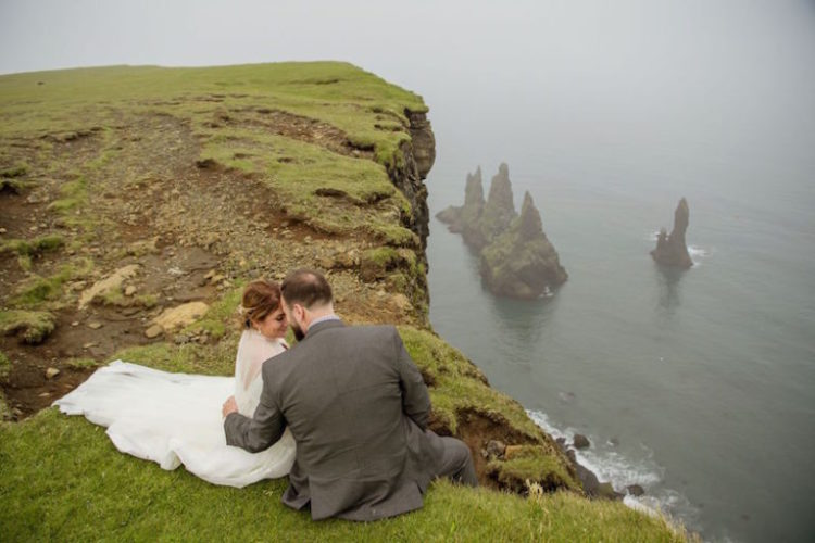 This adventuruous couple went for a destination wedding in Iceland