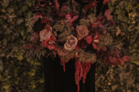 05 The wedding bouquet was luxurious, refined and chic, with dried greenery and cascading blooms