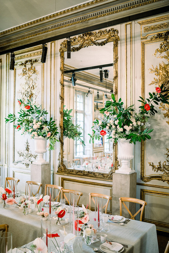 The refined venue perfectly married old and new, classics and modern trends in decor