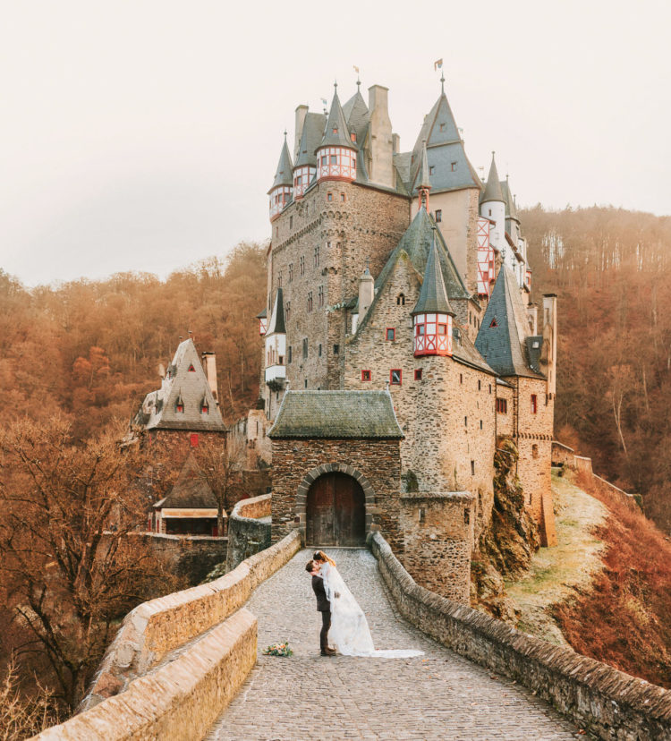 This elopement shoot took place at a 12th century German castle, it was charming and fairy tale