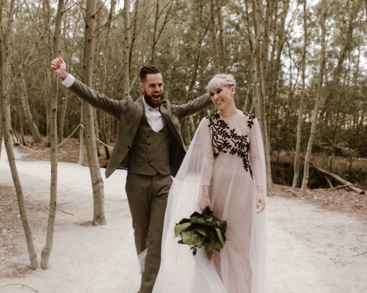 This neutral and natural forest wedding took place in a forest in South Africa