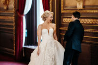 02 The bride was wearing a transformable wedding dress – a strapless lace mermaid one with an addiitonal skirt