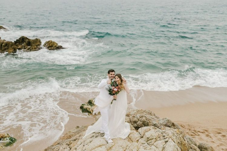 Beaches are amazing for tying the knot, don't you think