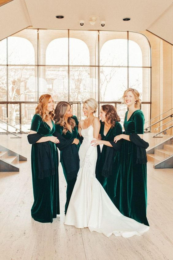 gorgeous emerald velvet maxi bridesmaid dresses with V-necklines and short sleeves look bold and chic