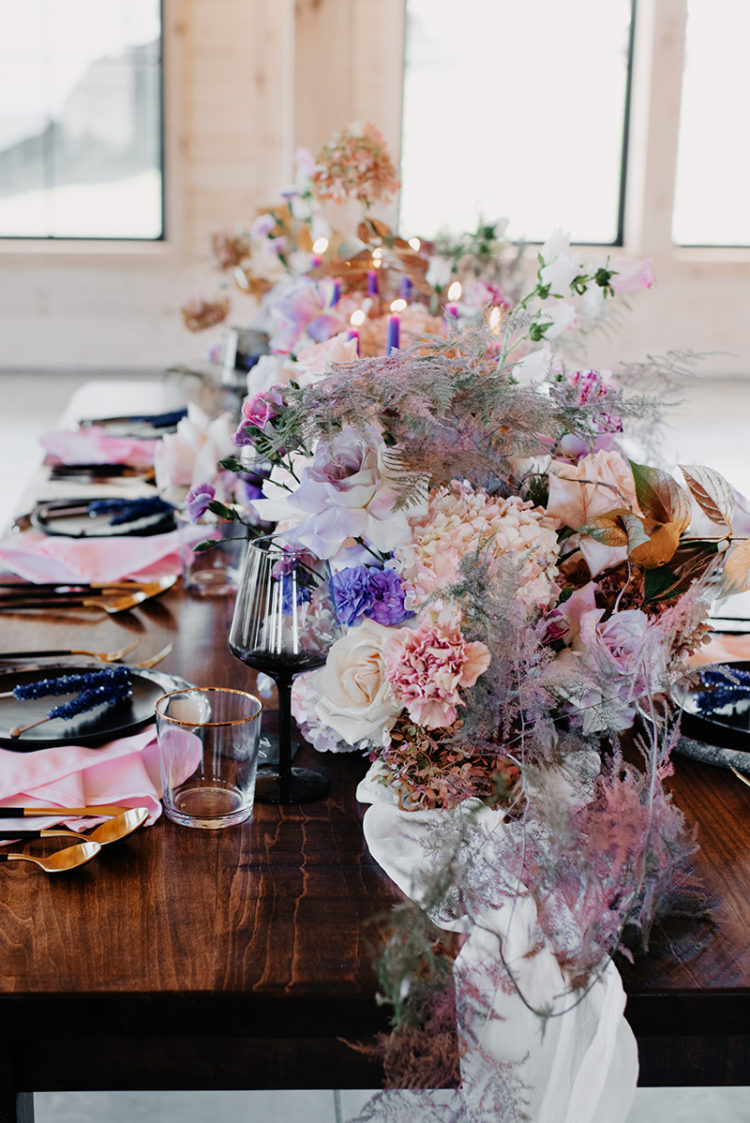 The wedding table runner was done in blush, purple and pale lilac shades that reminded of the universe and stars