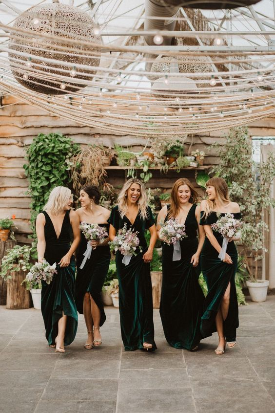 teal and forest greeen mismatching bridesmaid dresses plus nude shoes make them look super hot and refined