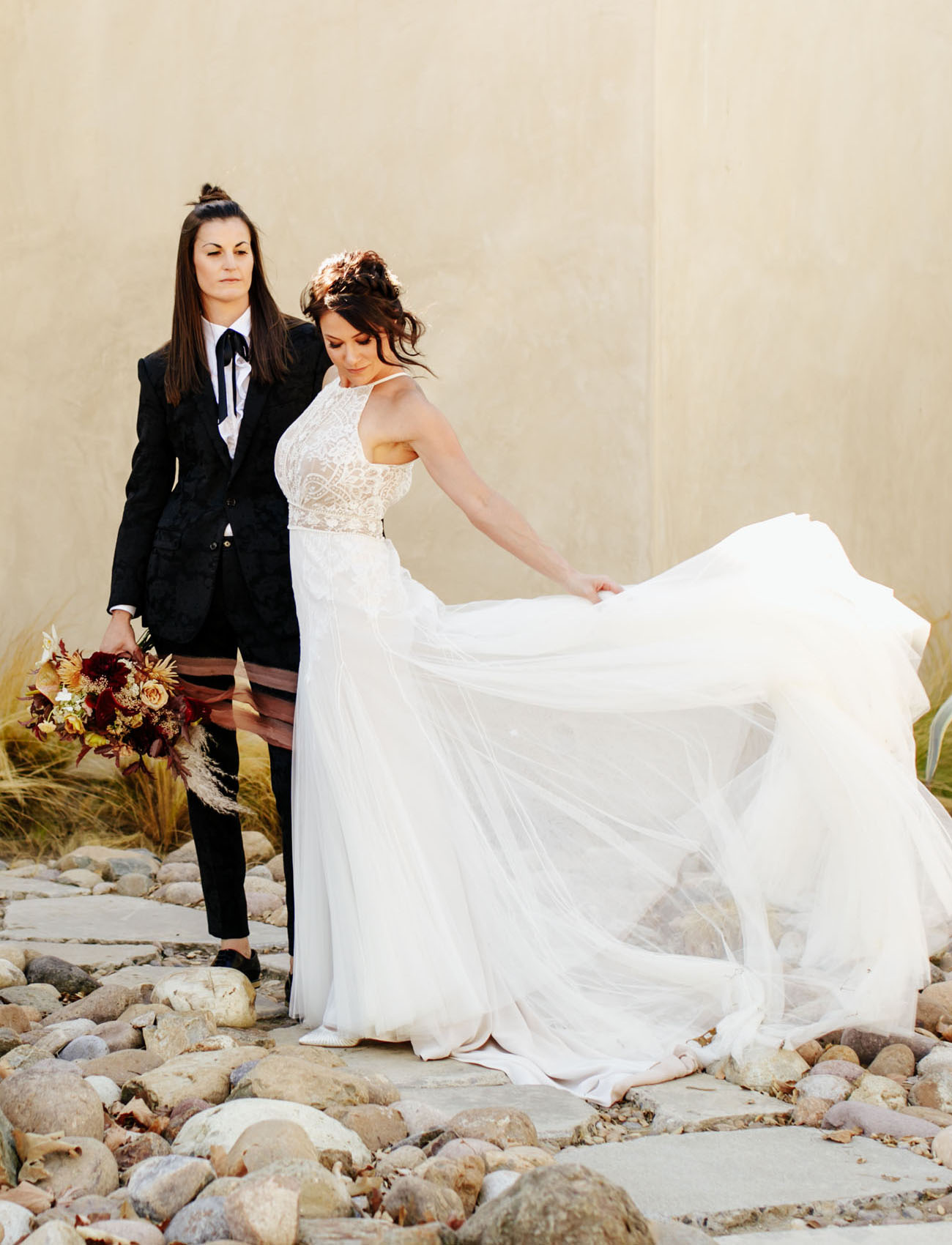 This couple went for a gorgeous wedding with impeccable taste and lots of dramatic touches