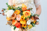 05 Look at the fantastic wedding bouquet with lush blooms in sunny shades