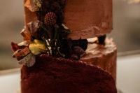 a gorgeous textured wedding cake