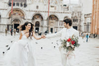 01 This Venice wedding shoot is full of romance and eternal love that this city is all about