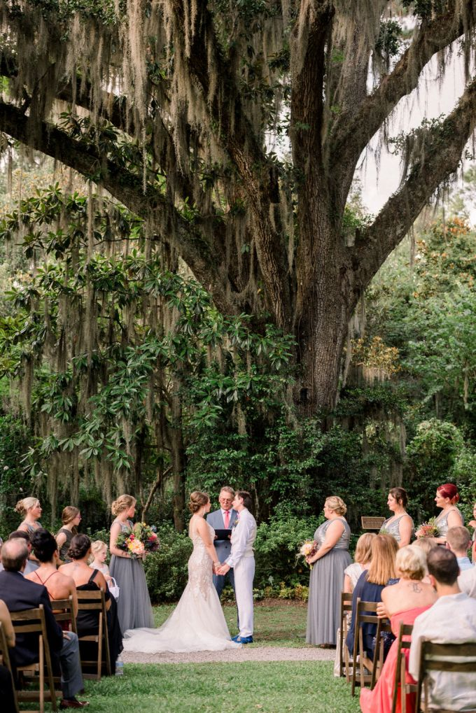 The wedding ceremony space wasn't decorated at all as the surroundings are very natural and beautiful and don't require any decor