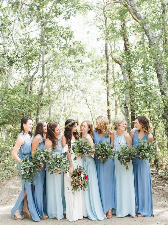minimalist blue and light blue mismatching bridesmaid dresses with no sleeves