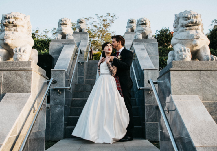 What a lovely and unusual dark romance wedding with a refined feel