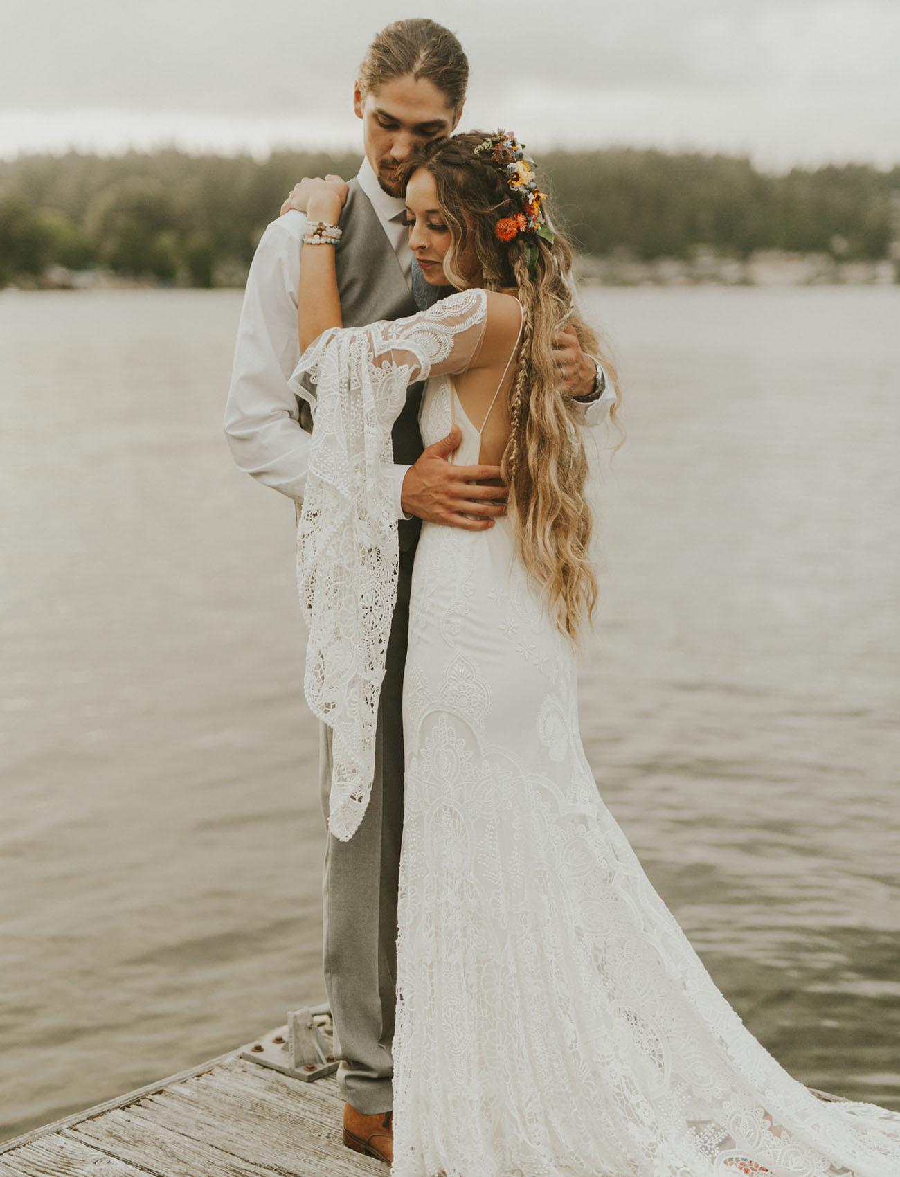 This boho wildflower wedding took place in Washington