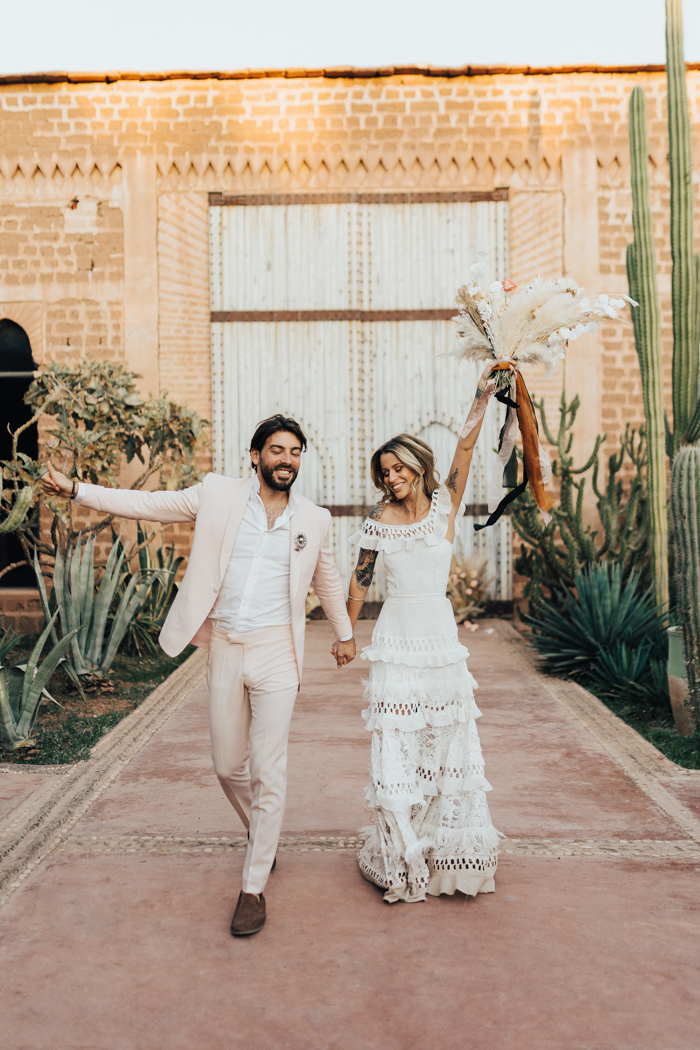 Luxe Moroccan Elopement With A Soft Color Scheme